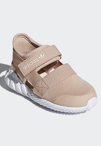 adidas Originals - DOOM SANDALS - Baskets basses - beige - 4