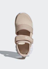 adidas Originals - DOOM SANDALS - Baskets basses - beige - 1