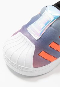 adidas Originals - 2020-04-22 SUPERSTAR 360 GIRLS ARE AWESOME SHOES - Trainers - white - 2