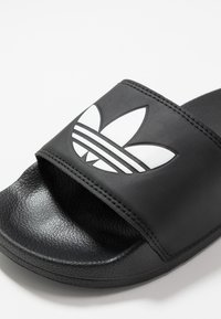 adidas Originals - ADILETTE LITE - Ciabattine - core black/footwear white - 2