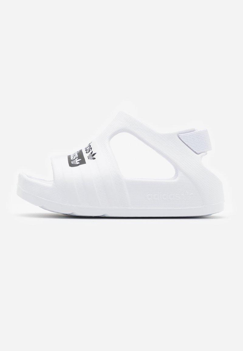 adidas Originals - ADILETTE PLAY - Sandales de bain - footwear white/core black
