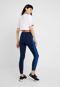 adidas Originals - ADICOLOR 3 STRIPES TIGHTS - Leggings - collegiate navy/bluebird - 3