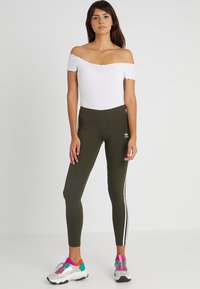 adidas Originals - ADICOLOR 3 STRIPES TIGHTS - Leggings - Trousers - night cargo - 1
