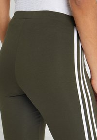 adidas Originals - ADICOLOR 3 STRIPES TIGHTS - Leggings - Trousers - night cargo - 3