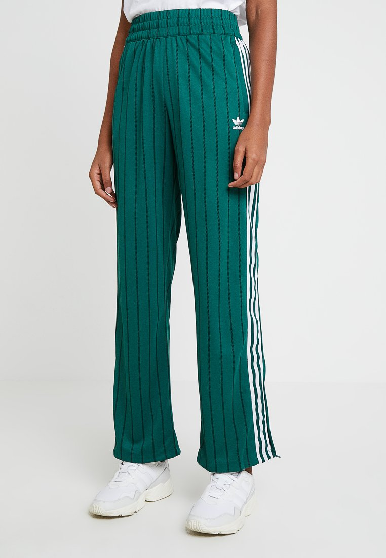 adidas Originals - TRACK PANTS - Pantaloni sportivi - collegiate green