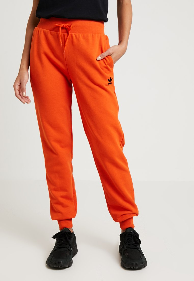 adidas Originals - CUFFED PANTS - Jogginghose - craft orange