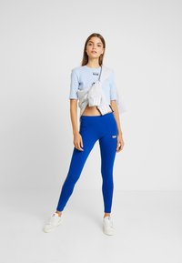 adidas Originals - TIGHTS - Leggings - collegiate royal - 1