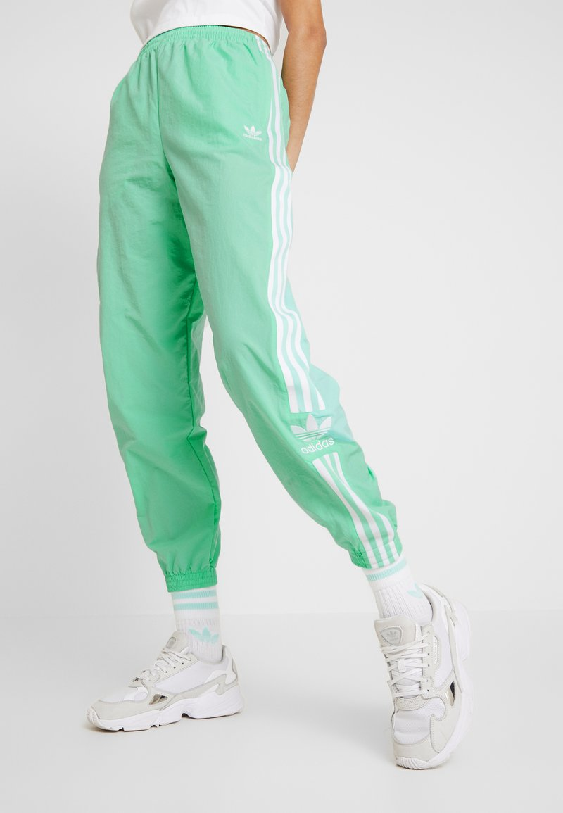 adidas Originals - LOCK UP ADICOLOR NYLON TRACK PANTS - Pantalones deportivos - prism mint/white
