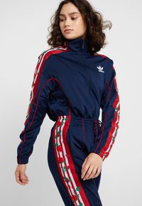 adidas Originals - TRACK PANTS - Verryttelyhousut - collegiate navy - 6