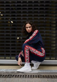 adidas Originals - TRACK PANTS - Verryttelyhousut - collegiate navy - 4