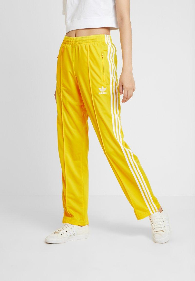 adidas Originals - FIREBIRD - Joggebukse - yellow