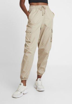 CARGO PANT - Trousers - trace khaki