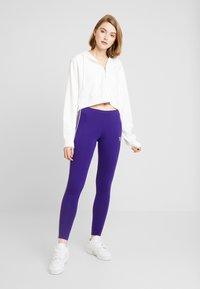 adidas Originals - ADICOLOR 3 STRIPES TIGHTS - Leggings - Trousers - collegiate purple - 1