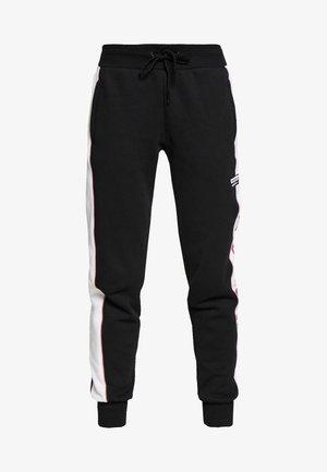 CUF PANT - Teplákové kalhoty - black/white