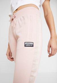 adidas Originals - CUF PANT - Pantalon de survêtement - pink spirit - 4