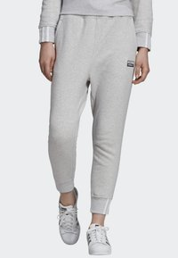 adidas Originals - JOGGERS - Teplákové kalhoty - grey - 0