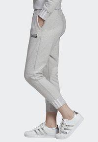 adidas Originals - JOGGERS - Teplákové kalhoty - grey - 2