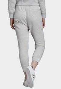 adidas Originals - JOGGERS - Teplákové kalhoty - grey - 1