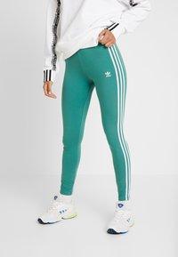 adidas Originals - TIGHT - Legíny - future hydro/white - 0