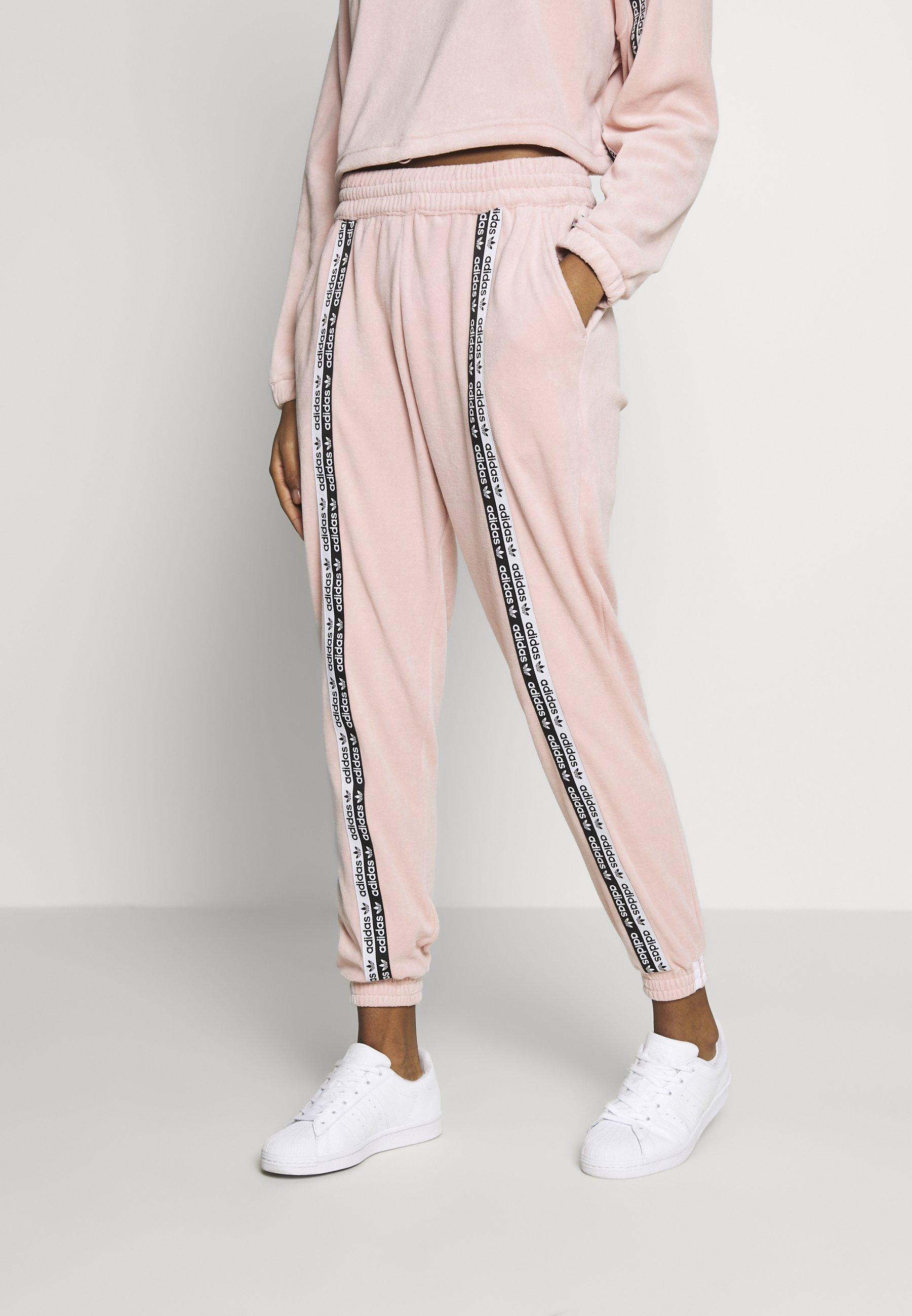 adidas Originals CUFFED PANTS - Spodnie treningowe - pink spirit