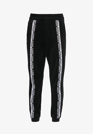 CUFFED PANTS - Träningsbyxor - black