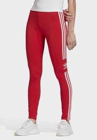adidas Originals - TREFOIL LEGGINGS - Leggings - Trousers - red - 0
