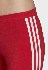 adidas Originals - TREFOIL LEGGINGS - Leggings - Trousers - red - 4