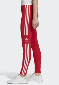 adidas Originals - TREFOIL LEGGINGS - Leggings - Trousers - red - 2