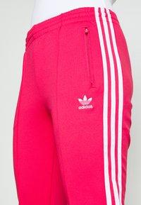 adidas Originals - PANTS - Joggebukse - power pink/white - 5