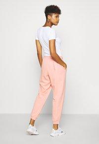 adidas Originals - REGULAR JOGGER - Spodnie treningowe - trace pink - 2