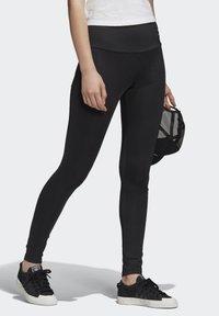 adidas Originals - ADICOLOR LEGGINGS - Leggings - black - 3