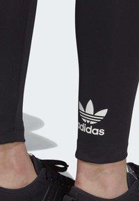 adidas Originals - ADICOLOR LEGGINGS - Leggings - black - 6