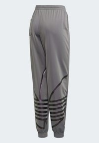 adidas Originals - LARGE LOGO TRACKSUIT BOTTOMS - Trainingsbroek - grey - 8
