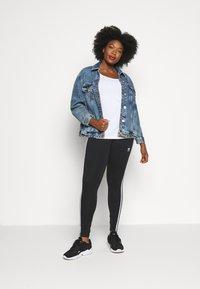 adidas Originals - TIGHT - Leggings - black/white - 1