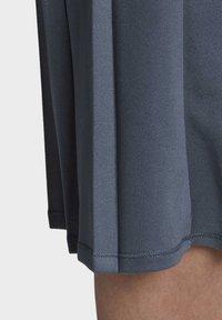adidas Originals - SKIRT - Faltenrock - blue - 6