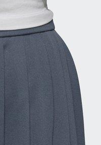 adidas Originals - SKIRT - Faltenrock - blue - 5