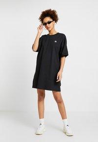 adidas Originals - TREFOIL DRESS - Jerseykjoler - black - 1