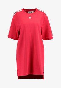 adidas Originals - TEE DRESS - Freizeitkleid - energy pink - 3