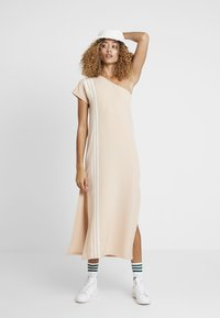 adidas Originals - DRESS - Robe longue - ash pearl - 1