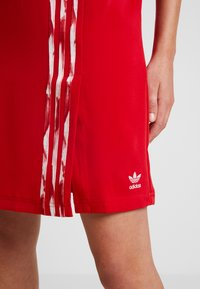 adidas Originals - DANIELLE CATHARI DRESS - Kjole - scarlet - 4