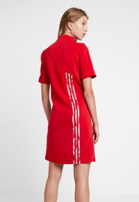 adidas Originals - DANIELLE CATHARI DRESS - Kjole - scarlet - 2