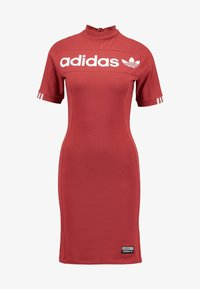 adidas Originals - TEE DRESS - Pouzdrové šaty - mystery red