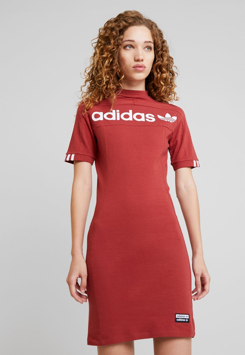 adidas Originals - TEE DRESS - Etuikleid - mystery red