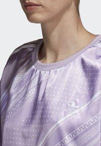adidas Originals - TREFOIL DRESS - Day dress - purple - 4