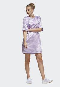 adidas Originals - TREFOIL DRESS - Day dress - purple - 0
