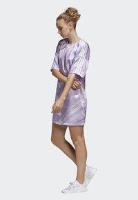 adidas Originals - TREFOIL DRESS - Day dress - purple - 3