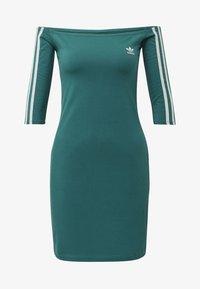 adidas Originals - OFF-THE-SHOULDER DRESS - Jerseykjole - green - 4