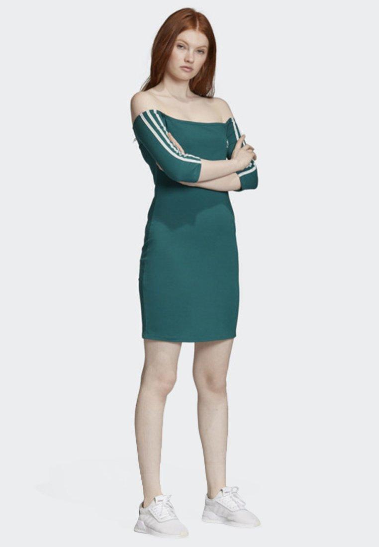 adidas Originals - OFF-THE-SHOULDER DRESS - Jersey dress - green