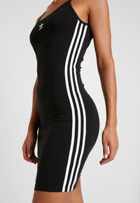 adidas Originals - TANK DRESS - Pouzdrové šaty - black/white - 5