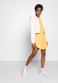 adidas Originals - ADICOLOR TREFOIL DRESS - Jersey dress - core yellow/white - 1
